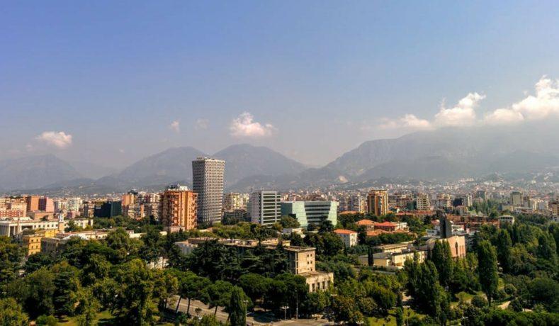 Perché andare in Albania per studiare medicina