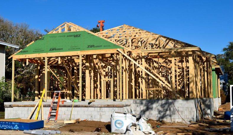 Una baita in città: le case in legno prefabbricate sono sempre più popolari